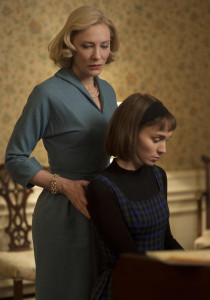 (L-R) CATE BLANCHETT and ROONEY MARA star in CAROL from the Weinstein Co. press site